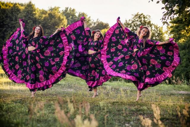 Čigoniškas šokis: šou programa vestuvėms, jubiliejui, gimtadieniui įmonės vakarėliui ar kitai šventei