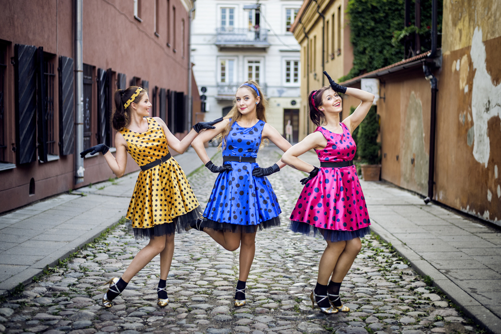 Rokenrolas - šokių šou programa vestuvėms, jubiliejui, gimtadieniui įmonės vakarėliui ar kitai šventei