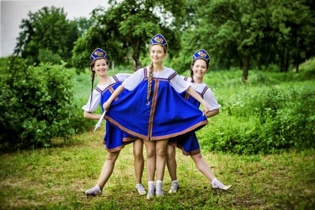Rusiškas šokis vestuvėms, jubiliejui, gimtadieniui, įmonės vakarėliui ar kitai šventei