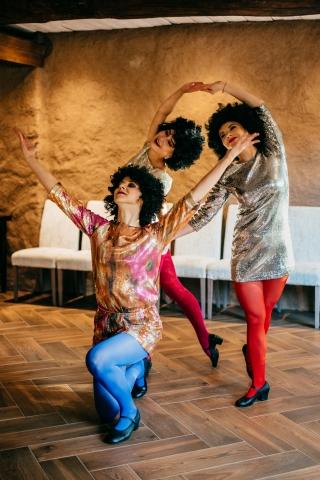 """""""Dolce Vita"""" šokių šou programa jauniesiems vestuvių proga: disko šokis"""