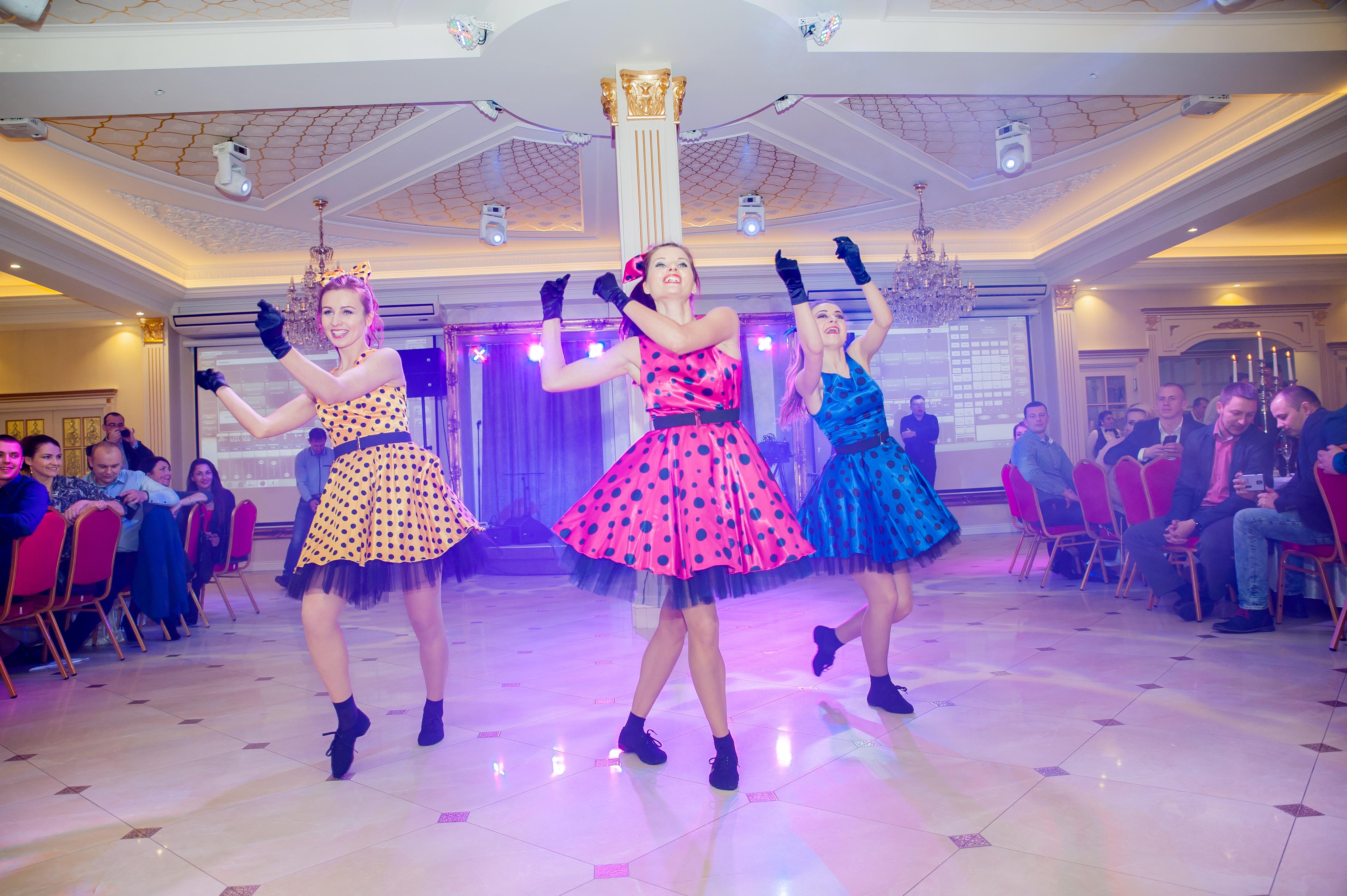 """""""Dolce Vita"""" šokių šou programa, pasirodymas: rokenrolas"""