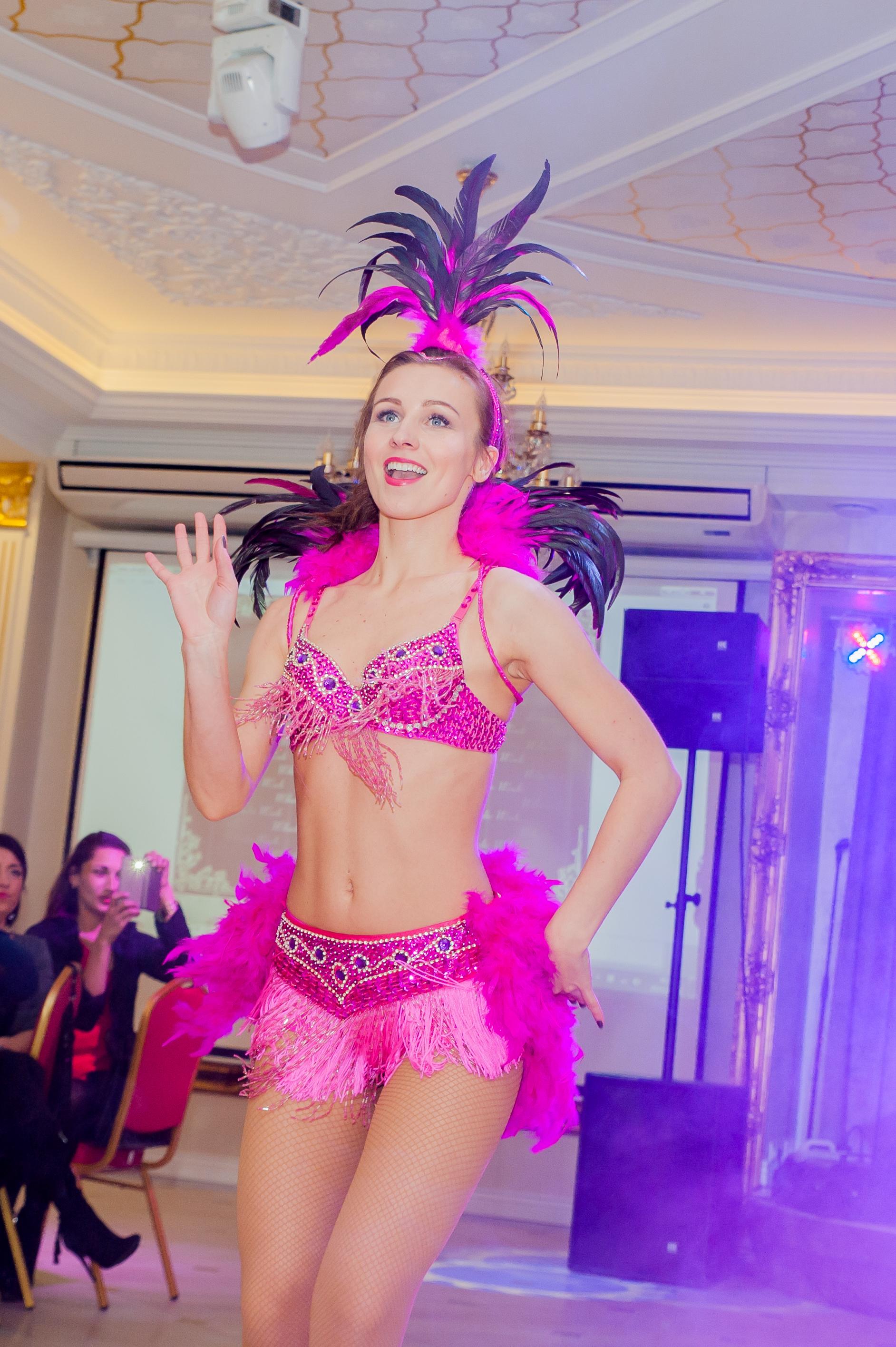 """""""Dolce Vita"""" šokių šou programa, pasirodymas: braziliškas šokis 2"""
