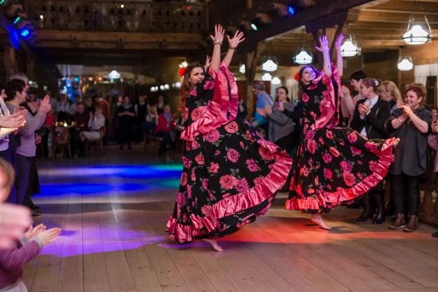 """""""Dolce Vita"""" šokių šou programa, pasirodymas: čigoniškas šokis"""