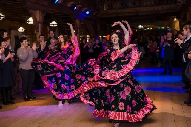 """""""Dolce Vita"""" šokių šou programa, pasirodymas: čigoniškas šokis 2"""